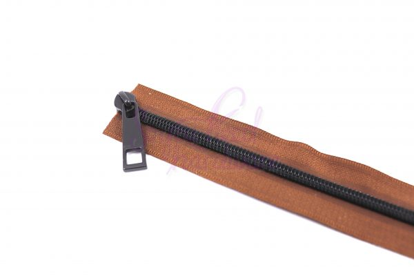 Copper Brown No. 5 Zipper Tape w/Chocolate Teeth - 9 Matching Pulls Included