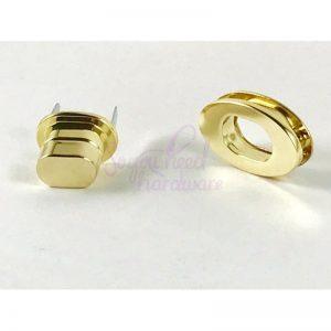 Oval Twist Locks - Set of 2