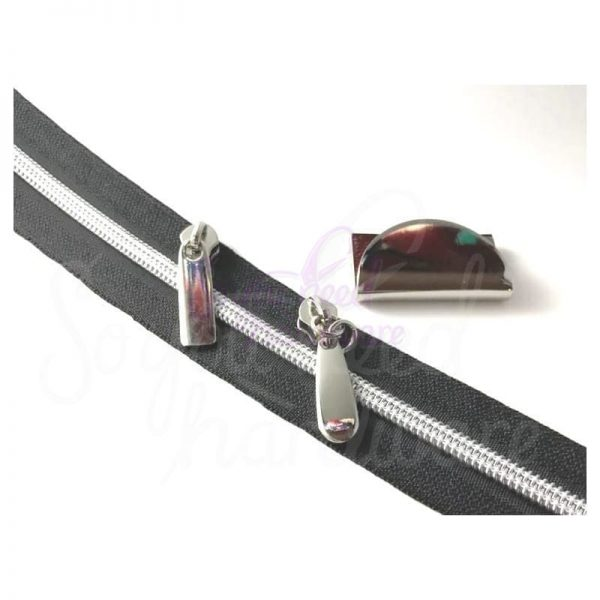 rlr-beresford-zip-around-wallet-kit-zipper-pulls-will-not-be-the-pulls-used-in-the-stock-photo